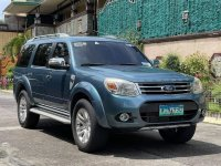Blue Ford Everest 2013 for sale in Las Piñas
