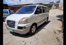 Selling White Hyundai Starex 2006 Van in Alicia