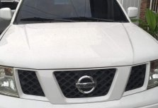 White Nissan Navara 2011 Truck at 81000 for sale in Manila