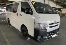 White 2018 Toyota Hiace