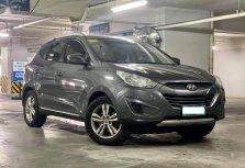 Selling Silver Hyundai Tucson 2013 in Makati