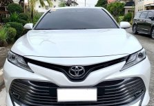 Pearl White Toyota Camry 2020 for sale in Automatic