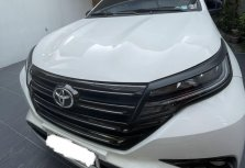 Selling Pearl White Toyota Rush 2019 in Parañaque