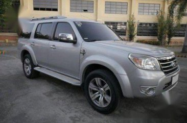Grey Ford Everest 2010 for sale in Cavite