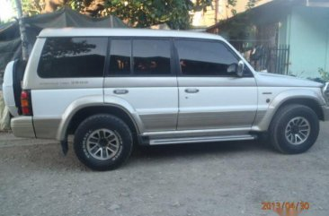 Sell Gray & White 2003 Mitsubishi Pajero SUV / MPV in Talisay
