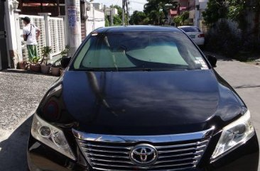 Sell Black Toyota Camry in Makati