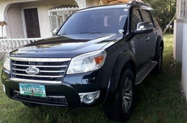 Black Ford Everest 2010 SUV at 105000 km for sale in Manila