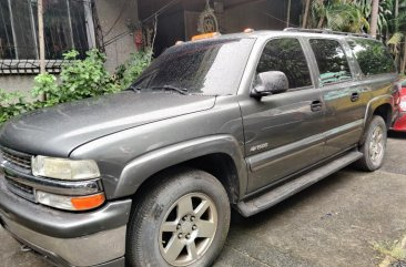 Silver Chevrolet Suburban 2000 for sale in Marikina