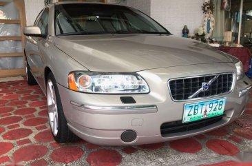 Selling Beige Volvo S60 2005 in Quezon
