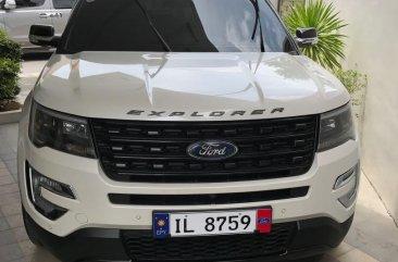 Ford Explorer Auto 2018