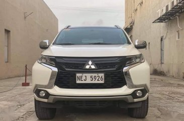 White Mitsubishi Montero sport 2019 for sale